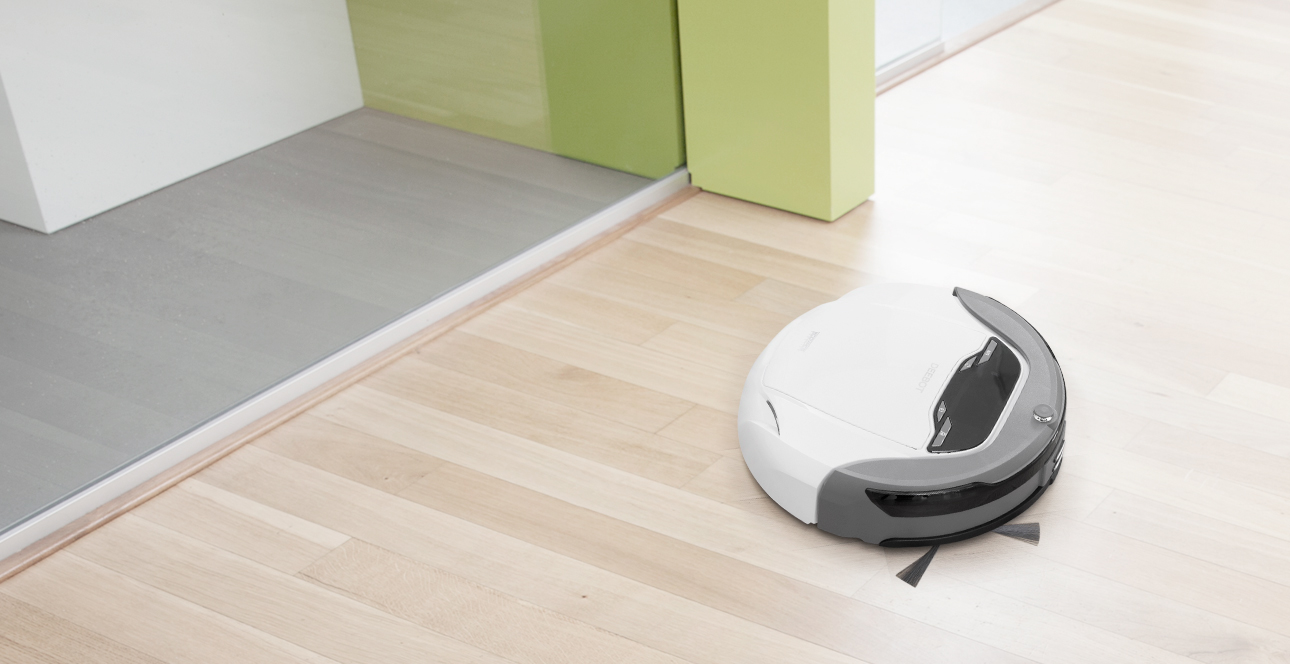 selling_point_1502934569Robot-Vacuum-Cleaner-DEEBOT-63S-Advantage-1.jpg