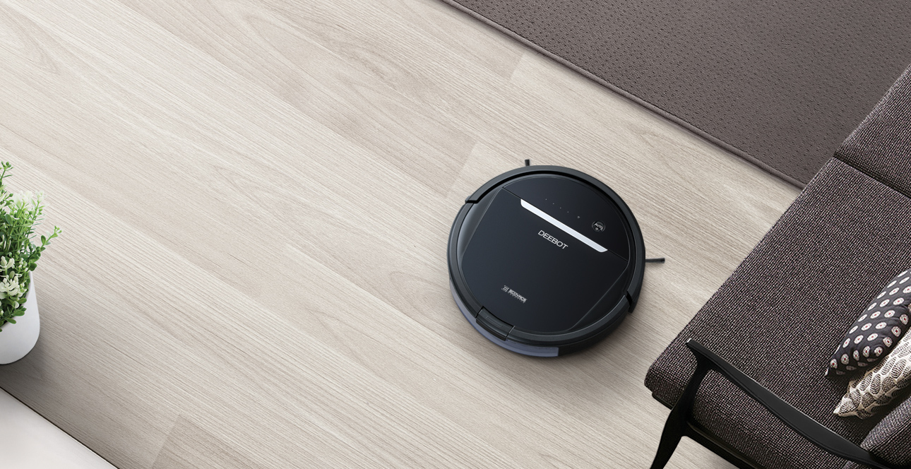 selling_point_1518161936Robot-Vacuum-Cleaner-DEEBOT-OZMO 601-Advantage-1.jpg