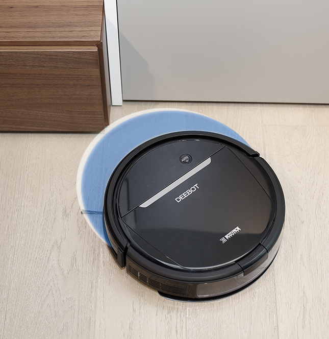 selling_point_1518162563Robot-Vacuum-Cleaner-DEEBOT-OZMO 601-Advantage-11.jpg